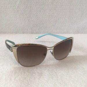 Tiffany & Co TF 3050 6091 3B Sunglasses